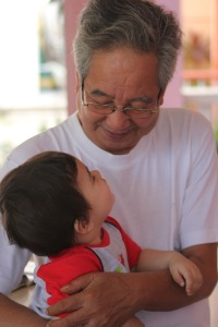 grandfather-546195_1280
